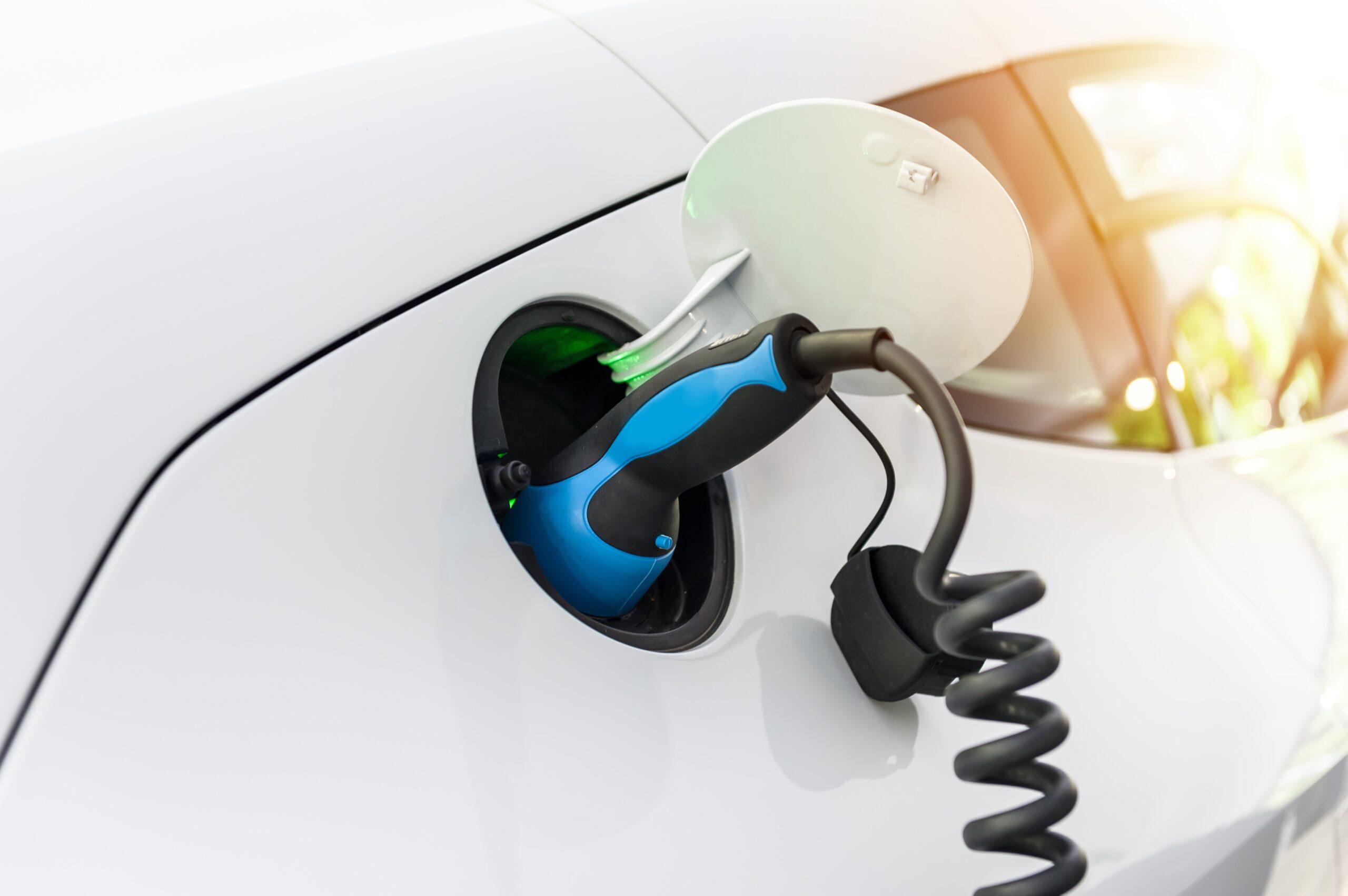 Strømforsyning til opladning af elbiler